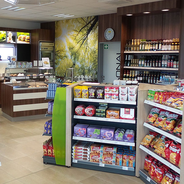 Carstens Shop Einrichtungen